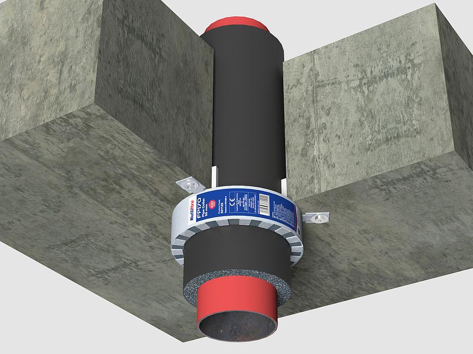 Metalen buis Metalen buis geïsoleerd met armaflex door vloer door vloer afgedicht met FP170 Brandmanchet